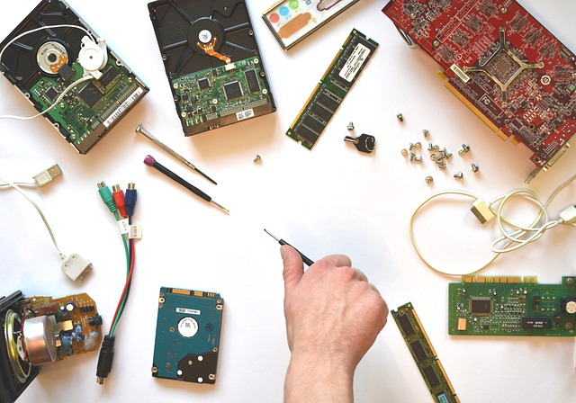 hardware-3509891_640